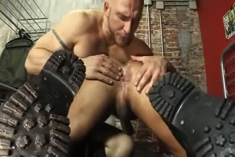 Kings Of piss Leather Masters
