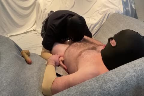 Alpha Getting Sloppy shlong Worship From His cocksucker